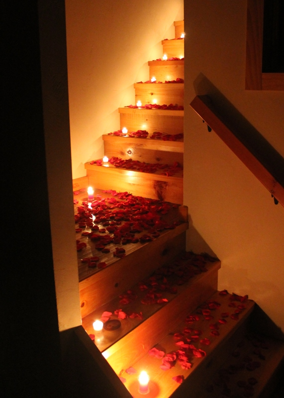 Romantic Room With Roses And There Or A Thick Carpet Of
