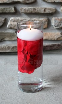 Silk floating rose petals, REd